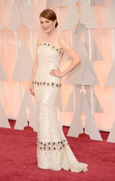 Actrices sobre la alfombra roja de los Oscar 2015: ¿Quién es la más elegante? Juliane Moore