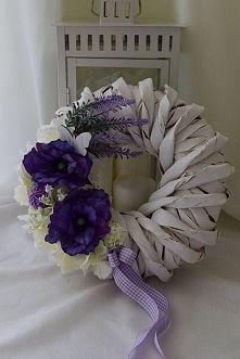 Wianek kwiatowy: anemon, hortensja, lawenda. Dziedzicka Dekoracje