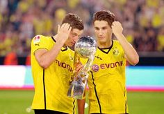 Robert Lewandowski and Nuri Sahin (2013/14)
