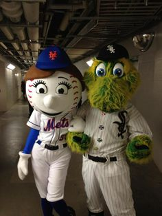 Multiple Baseball Mascots Claim To Have Affairs With Mrs. Met. Buzzfeed. lol