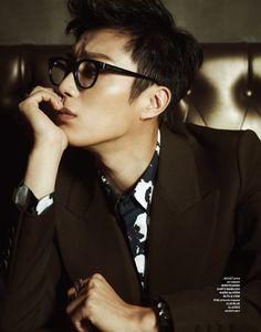 BEAST's Yoon Doo Joon Geek Korea Magazine - those glasses, yes! Oh gawd yes. Jang Hyun Seung, Top Choi Seung Hyun, Korean Star, Korean Men, Korean Wave, Korean Idols, Asian Men, Korean Boy Bands, South Korean Boy Band
