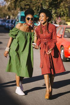 Short African Dresses, Latest African Fashion Dresses, African Print Fashion, African Wedding Attire, African Attire, Pedi Traditional Attire, South African Traditional Dresses, Lace Gown Styles, Shweshwe Dresses