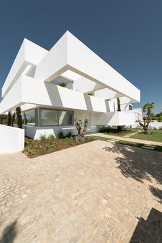 Gallery of Five Terraces and a Garden / corpo atelier - 11