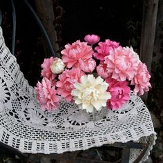 Paper peonies....would be gorgeous as a keepsake wedding bouquet! :) xx