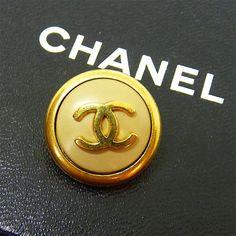 210 meilleures images du tableau Bijoux haute couture   Coco chanel ... 88129db23b1