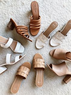 Apr 2019 - I've officially traded in my winter boots and booties for spring sandals, mules, and slides. A few weekends ago I found a ton of great options from Nordstrom and I'm excited to start wearing them. I've already been living in… Spring Sandals, Spring Shoes, Summer Shoes, Outfit Summer, Summer Sneakers, Outfit Winter, Winter Fashion Boots, Winter Boots, Fashion Shoes