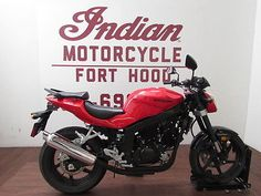 Hyosung: GT250 2012 red hyosung gt 250 is clean cheap and ready to ride we…