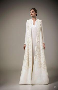ashi-bridal-gowns-spring-2016-fashionbride-website-dresses29