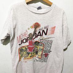 707ed264b6cc65 Vintage Michael Jordan Shirt Size L Free Shipping Michael Jordan Chicago  Bulls Basketball NBA