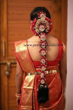 Pelli poola jada Indian bridal and wedding Accessories. South Indian Wedding Hairstyles, Bridal Hairstyle Indian Wedding, Bridal Hairdo, Indian Bridal Makeup, Indian Hairstyles, Bride Hairstyles, Bride Accessories, Wedding Hair Accessories, Indian Marriage