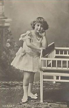 Princesa D.Genevieve d'Orleães e Duquesa de Vandôme (1870-1948).  Casa real: Orleães  Editorial: Real Lidador Portugal Autor: Rui Miguel