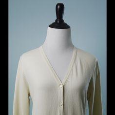 J McLAUGHLIN Ivory V Neck Modal Cardigan Size M J McLAUGHLIN Ivory 3/4 Sleeve V Neck Modal Cardigan Size Medium J. McLaughlin Sweaters Cardigans