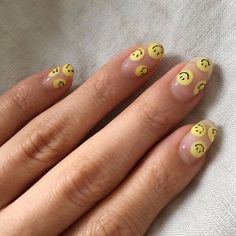 36 Gorgeous Summer Nails Art Design Ideas Easy To Copy - Have you found your nail's lack of some fashionable nail art? Yes, recently, many girls personalize their fingernails with beautiful nail designs to d. Minimalist Nails, Nail Swag, Stylish Nails, Trendy Nails, Funky Nails, Fire Nails, Nagel Gel, Best Acrylic Nails, Dream Nails