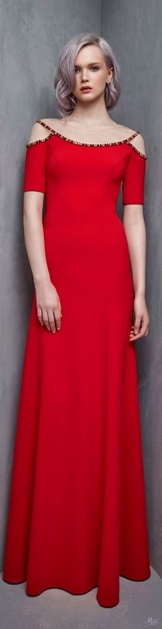Resort 2018 Jenny Packham Fashion Now, Only Fashion, Red Fashion, Fashion 2018, High Fashion, Fashion Outfits, Ellie Saab, Evening Outfits, Evening Dresses