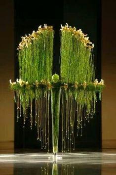flower art inspiration green black