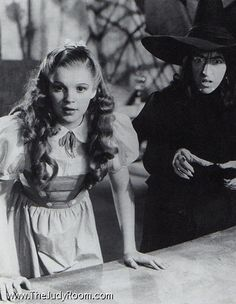 Richard Thorpe still, showing the Witches make-up, as well as Dorothys.