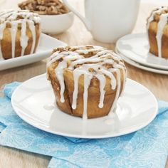 Cinnamon Roll Muffins {Sweet Pea's Kitchen}