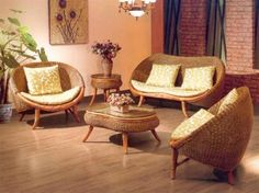 Classic Living Room Decorating Ideas with Rattan Furniture Indoor Rattan Furniture, Wooden Living Room Furniture, Wicker Furniture Cushions, Wicker Bedroom, Living Room Decor, Cane Furniture, Wicker Couch, Wicker Trunk, Wicker Headboard