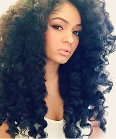 Long crochet braids More - Amigurumi Ideas Long Weave Hairstyles, Protective Hairstyles, Pretty Hairstyles, Wig Hairstyles, Bangs Hairstyle, Black Hairstyle, Long Crochet Braids, Big Chop, Hair Colorful