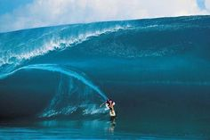 "<span class='image-component__caption' itemprop=""caption"">Laird Hamilton surfing Teahupoo in 2000.</span>"