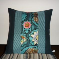 housse de coussin boh me chic patchwork en bleu canard bleu p trole et turquoise pinterest. Black Bedroom Furniture Sets. Home Design Ideas