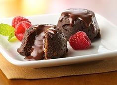 Fudgy Molten Brownie Cups with Raspberries 2 P+ for each 1 cup