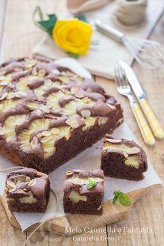#Torta #ananas e #cacao con scaglie di #mandorla (senza burro), morbida e golosissima! #yummy #food #recipe #italy #tasty #dessert #cake #dolci #ricette #blog #giallozafferano