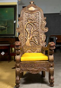 Chinese Carved Chair | Carved Chinese Throne Chair at 1stdibs