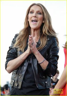 celine dion tapes extra appearance with maria menounos 16 Celine Dion makes an appearance on Extra at their new stage at Universal Studios on Monday afternoon (September 9) in Universal City, Calif.    The 45-year-old singer…