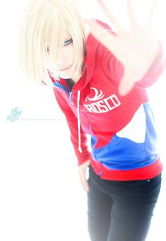 LAY(LAY) Yuri Plisetsky Cosplay Photo - Cure WorldCosplay