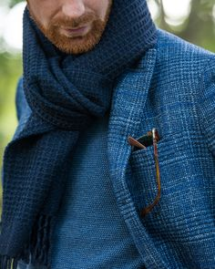 Men's Jackets To Own. Uncover some great men's fashion. With so much fashion for guys available these days, it can be a challenging experience. Proper Attire, Mens Fashion Blazer, Men's Fashion, Herren Outfit, How To Wear Scarves, Well Dressed Men, Fine Men, Gentleman Style, Jacket Style