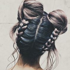 This style tho #hairstyles #spacebuns