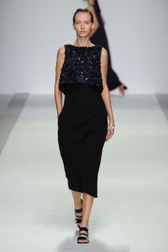 Holly Fulton at London Fashion Week Spring 2015 - StyleBistro