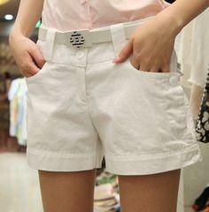 Fashionable short Pant White