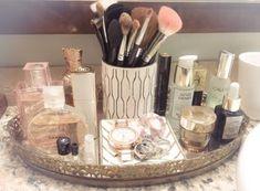 Master Bath Vanity, Master Bathroom, Master Baths, Bathroom Cost, Master Master, Makeup Storage, Makeup Organization, Cosmetic Storage, Bandeja Perfume