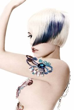 2019 Optimal Power Flow Exotic Hair Color Ideas for Hot and Chic Celebrity Hairstyles – Page 107 – My Beauty Note Creative Hairstyles, Funky Hairstyles, Celebrity Hairstyles, Exotic Hair Color, Metallic Hair Color, Creative Hair Color, Edgy Hair, Mode Outfits, Hair Art