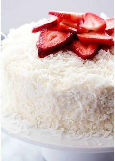 Ricetta della torta al cocco senza uova alle fragole