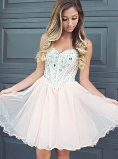 Buy Fabulous Sweetheart Light Champagne Short Homecoming Dress with Beading Rhinestones 2016 Homecoming Dresses under US$ 119.99 only in SimpleDress.
