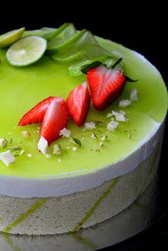 Kakkuviikarin vispailuja!: Lime-valkosuklaajuustokakku