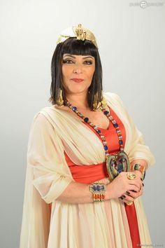 Angelina Muniz interpreta Tuya em 'Os Dez Mandamentos'