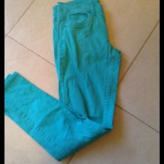 ❤Turquoise skinny jeans. Great condition Forever 21 Jeans Skinny