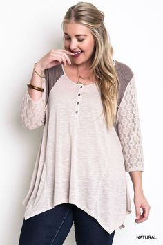 Umgee Block Trapeze Plus Size Top With Lace Sleeves