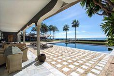 Sea Front Estate - Villa for sale in Los Monteros, Marbella East