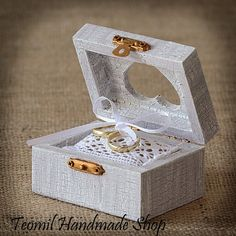 Rustic Wooden Wedding Ring Box, Ring Bearer , Vintage style