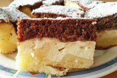 Das Rezept Topfenwelle ist eine gebackene Köstlichkeit für sich. Mit Topfen zu einem tollen Dessert. Brownie Bar, Strudel, Dory, Baked Goods, Frosting, Rum, Sweet Tooth, Sweet Treats, Cheesecake