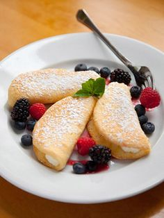Ohio food trail highlights! Lovely berry desserts at Winds Cafe and Bakery.    http://www.midwestliving.com/travel/interest/culinary/ultimate-food-trails/?page=17#