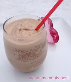 life in my empty nest Refreshing Drinks, Yummy Drinks, New Recipes, Favorite Recipes, Yummy Recipes, Frozen Hot Chocolate, Hot Buttered Rum, Good Food, Yummy Food