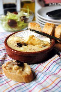Selección de las mejores 17 recetas con queso para los muy queseros. Ideas de aperitivos, picoteo, salsas, tartas saladas, croquetas, y más. Rece...