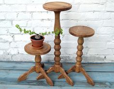 Set 3 wood plant stands indoor Rustic hardwood plant pot holder Wooden plant stand Fern stand Oak planter stands for small space Garden gift Small Plant Stand, Modern Plant Stand, Wood Plant Stand, Wooden Plant Stands Indoor, Rustic Decor, Farmhouse Decor, Wooden Bedside Table, Wooden Flowers, Flower Stands