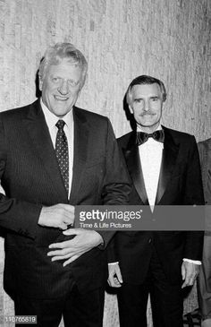 Portrait of American actors James Arness and Dennis Weaver as they. News Photo - Getty Images Hollywood Actor, Classic Hollywood, Tv Actors, Actors & Actresses, Rita Hayworth Gilda, Johnny Crawford, Actor James, Tony Curtis, Tv Westerns